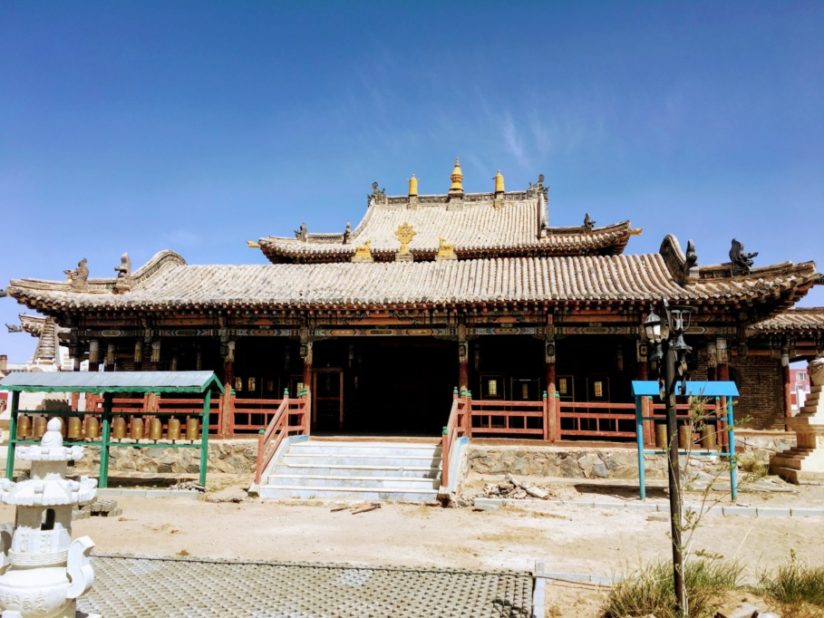 Mongolia_Gobi_Monastery