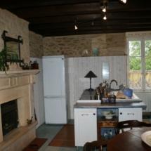 villa-kitchen-2010-1