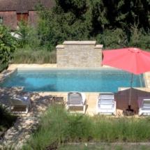 villa-la-peyriere-pool-2