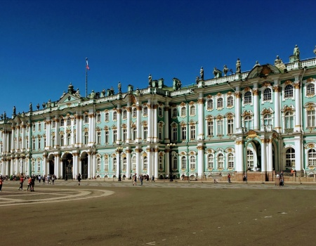 St Petersburg Travel Guid